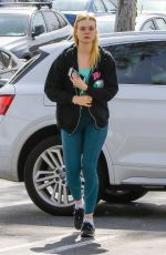 ELLE FANNING in Leggings at a Gym Session in Los Angeles 04/06/2018