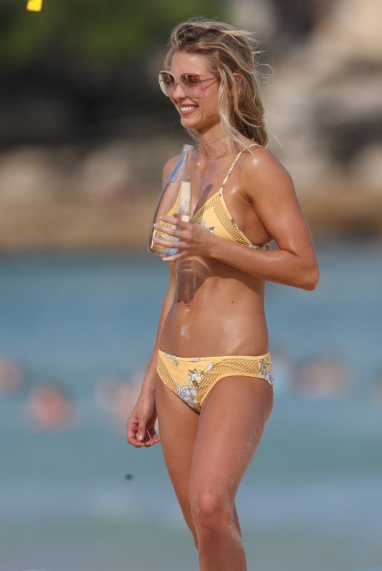 ELYSE KNOWLES in Bikini on the Set of a Photoshoot on Bondi Beach 04/09/2018