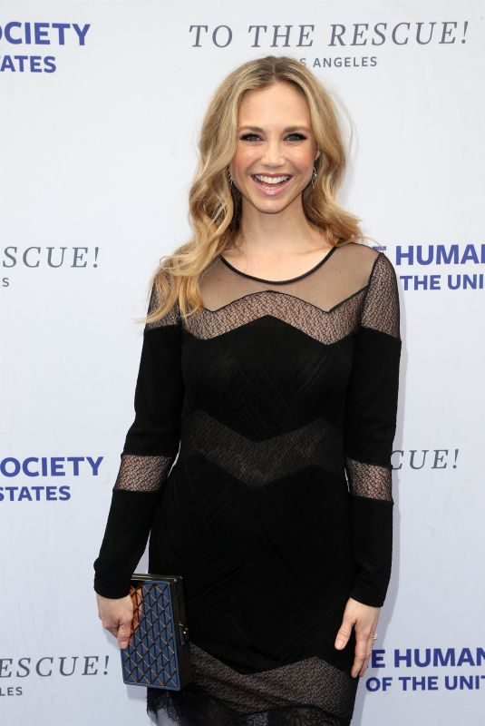FIONA GUBELMANN at Humane Society of the United States' To the Rescue Gala in Los Angeles 04/21/2018