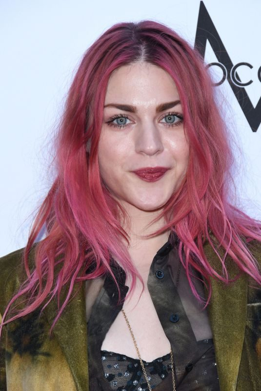 FRANCES BEAN COBAIN at Daily Front Row Fashion Awards in Los Angeles 04/08/2018