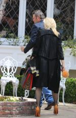 GWEN STEFANI Arrives at Sunday Church Service on Easter in Los Angeles 04/01/2018
