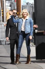 GWEN STEFANI at Jimmy Kimmel Live 04/18/2018