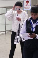 HALSEY Arrives at Airport in Sydney 04/22/2018