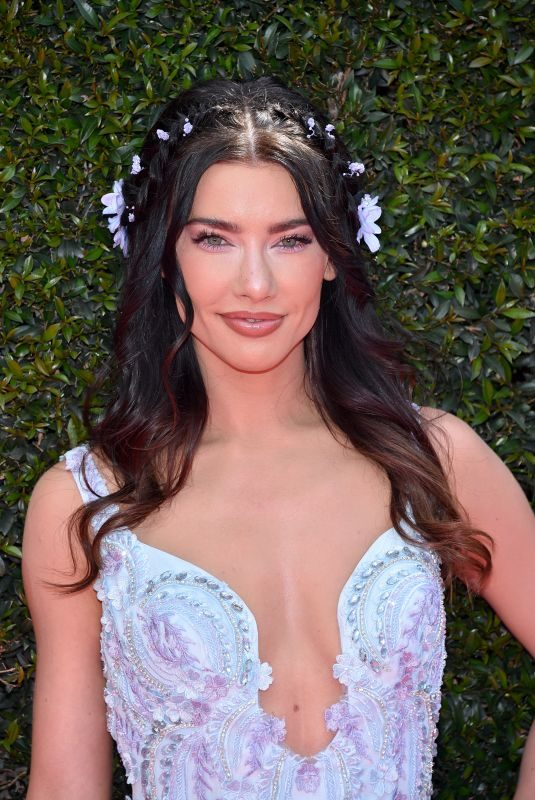 JACQUELINE MACINNES WOOD at Daytime Emmy Awards 2018 in Los Angeles 04/29/2018