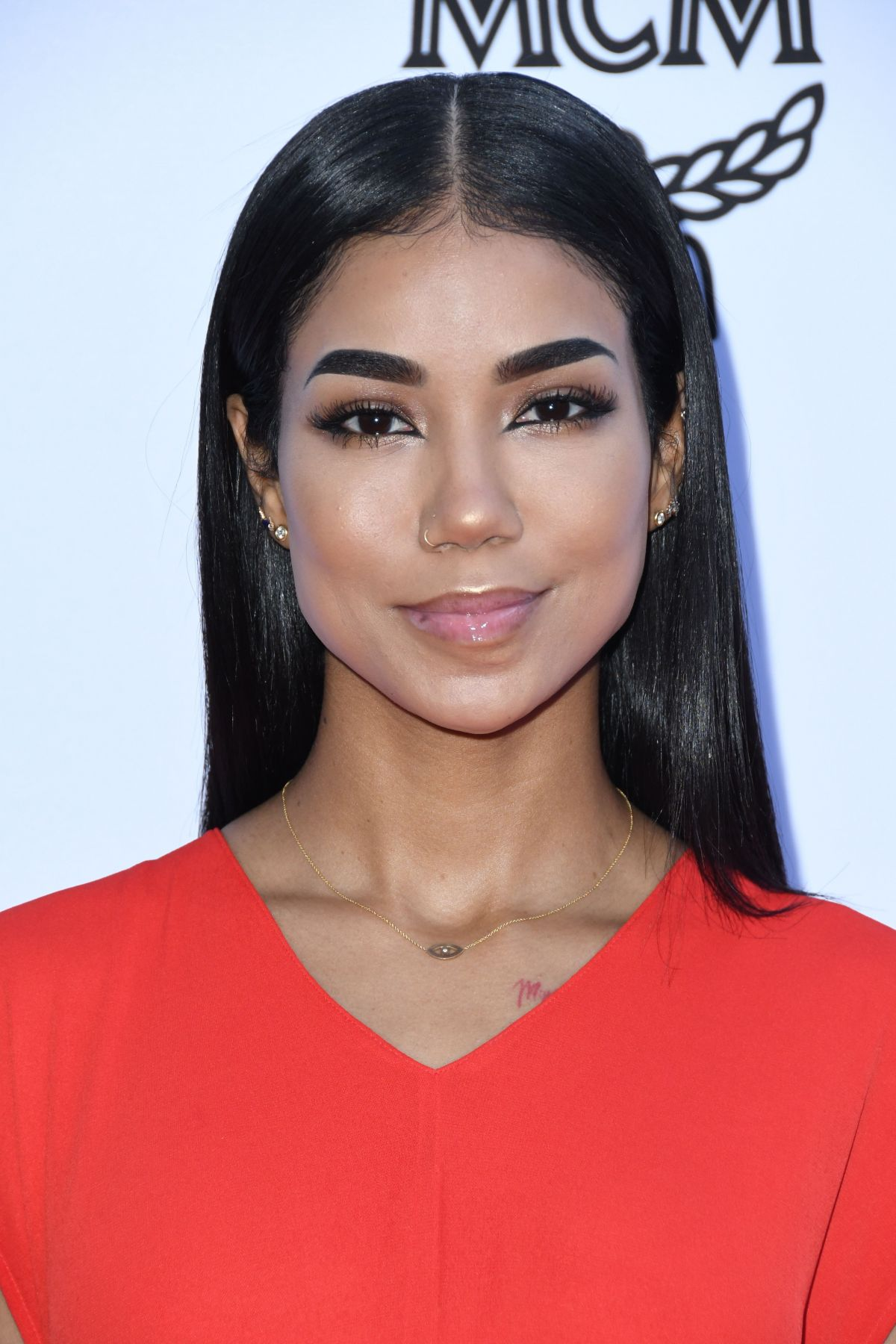 JHENE AIKO at Daily Front Row Fashion Awards in Los ...