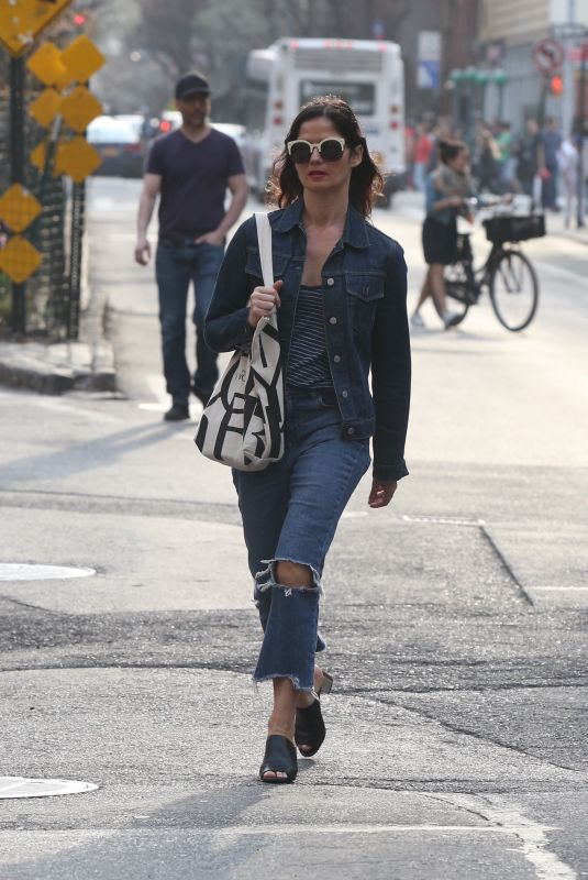 JILL HENNESSY Out and About in New York 04/14/2018