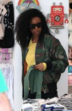 KELLY ROWLAND Shopping at Kitross Kids in West Hollywood 04/19/2018