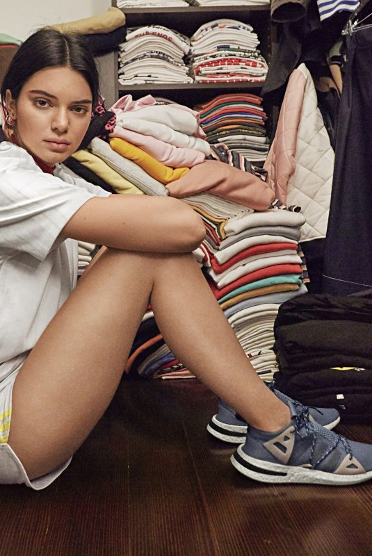 KENDALL JENNER for Adidas Originals Arkyn Sneaker/Trainer 2018