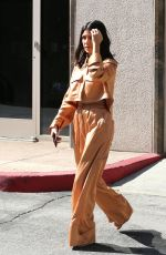 KOURTNEY KARDASHIAN Out and About in Calabasas 04/25/2018