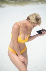 LAUREN ELIZABETH HUBBARD in Bikini at a Beach in Clearwater 04/28/2018