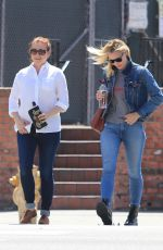 LESLIE BIBB and ALYSON HANNIGAN Out for Lunch in Studio City 04/10/2018