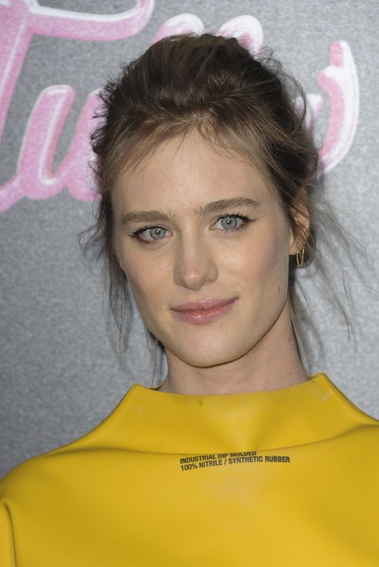 MACKENZIE DAVIS at Tully Premiere in Los Angeles 04/18/2018
