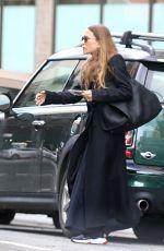 MARY KATE OLSEN Leaves Her Office in New York 04/05/2018