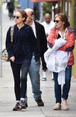 NATALIE PORTMAN Out for Breakfaast in Los Feliz 04/02/2018