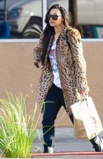 NAYA RIVERA Shopping at Albertson