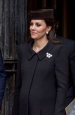 Pregnant KATE MIDDLETON at Easter Service in Windsor 04/01/2018