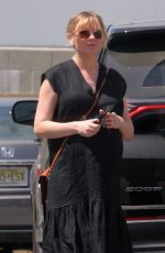 Pregnant KIRSTEN DUNST Out for Lunch in Toluca Lake 04/10/2018