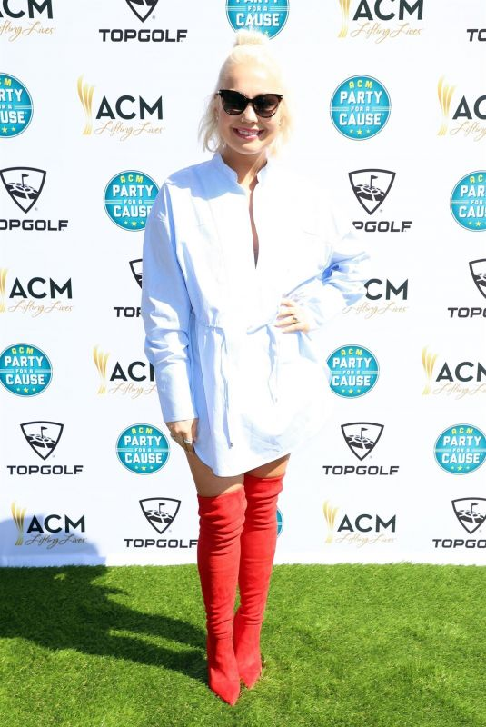 RAELYNN at Academy of Country Music Presents Lifting Lives Topgolf Tee-off in Las Vegas 04/14/2018