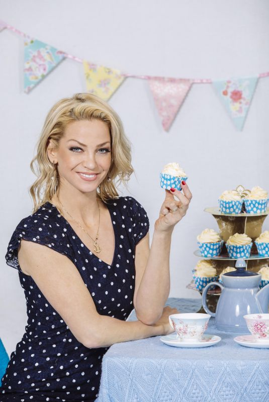 SARAH HARDING for National Pet Charity's Paws for Tea Campaign 2018 x4 | hqcelebcorn