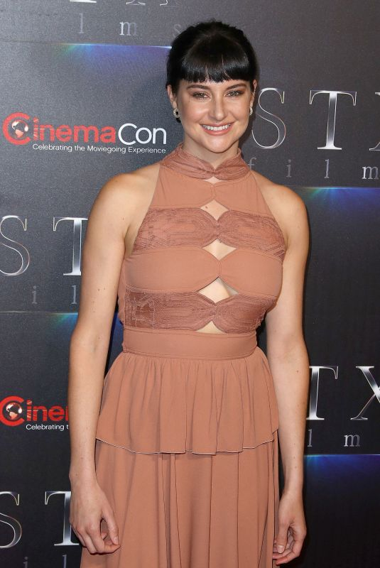 SHAILENE WOODLEY at An Evening with STXFilms Presentation at Cinemacon in Las Vegas 04/24/2018