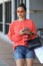 SHANINA SHAIK in Denim Shorts Leaves a Skin Care Clinic in Los Angeles 04/11/2018