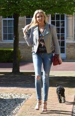 STEPHANIE PRATT Walks Her Dog Out in London 04/18/2018