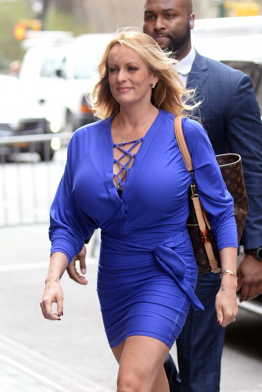 STORMY DANIELS Arrives at The View in New York 04/17/2018