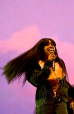 SZA Performs at Coachella Valley Music & Arts Festival in Palm Springs 04/13/2018