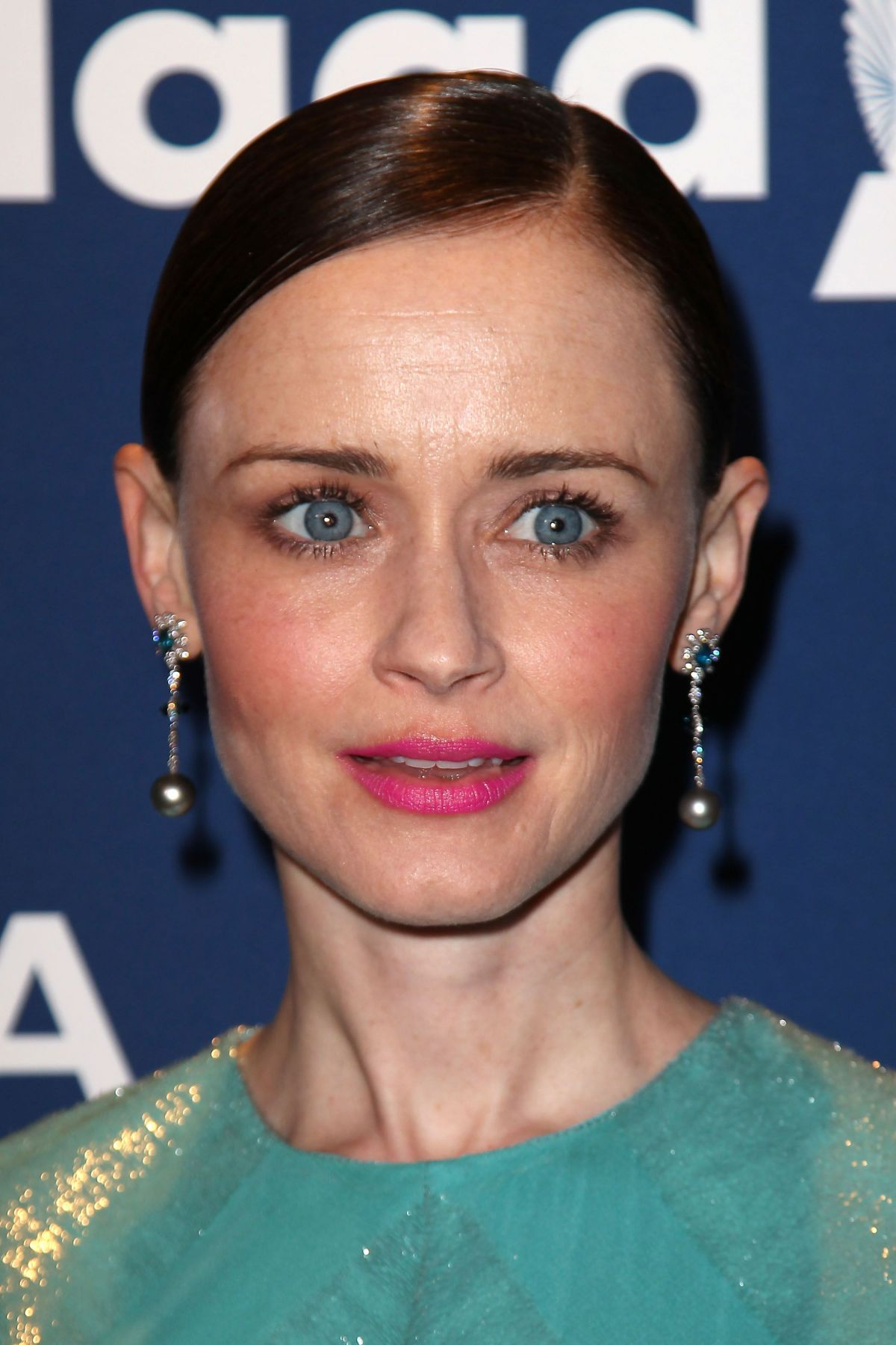 Details You Didnt Know About Alexis Bledel