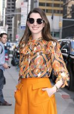 ANNE HATHAWAY Leaves Her Hotel in New York 05/23/2018