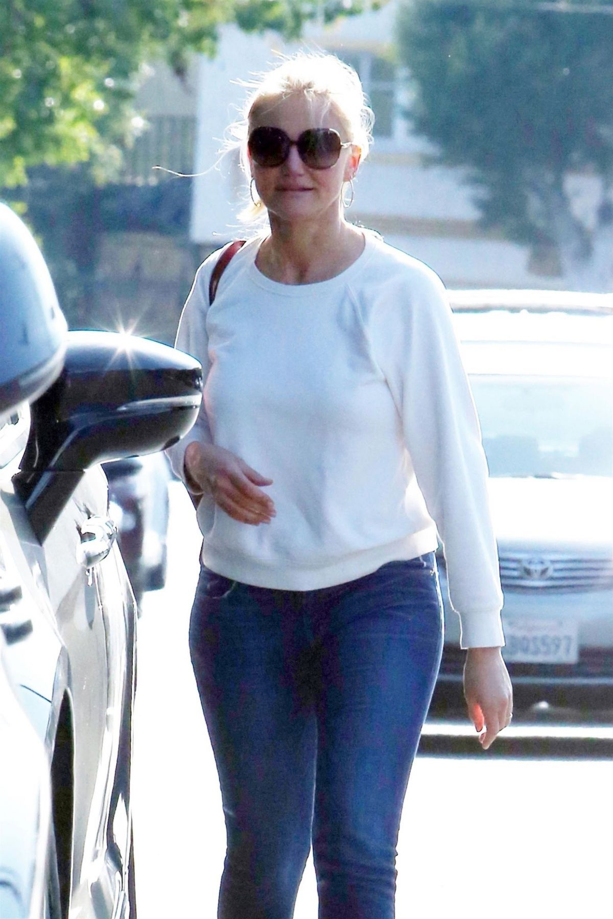 CAMERON DIAZ Out in Los Angeles 05/22/2018 – HawtCelebsCameron Diaz Pregnant 2018