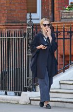 CAREY MULLIGAN Out and in Chelsea 05/18/2018