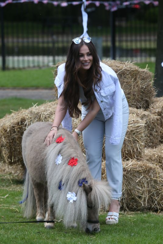 COURTNEY GREEN on the Set of The Only Way is Essex at Colchester Castle 05/10/2018