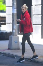 DEVON WINDSOR Leaves a Gym in New York 05/21/2018