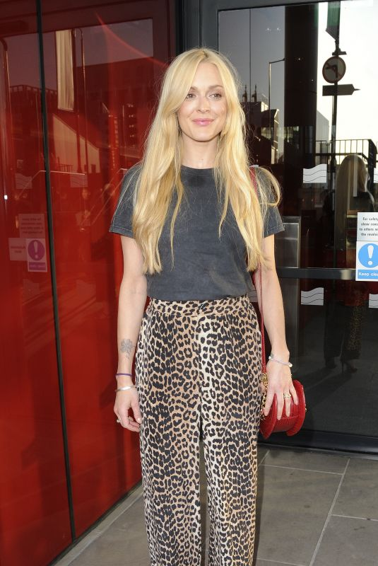 FEARNE COTTON Out and About in London 05/19/2018