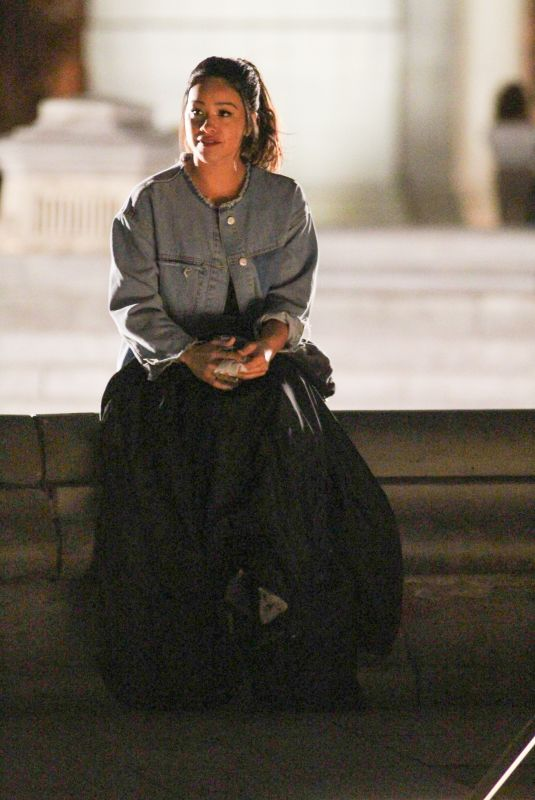 GINA RODRIGUEZ on the Set of Someone Great in New York 05/11/2018