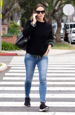 JENNIFER GARNER Out and About in Los Angeles 05/01/2018