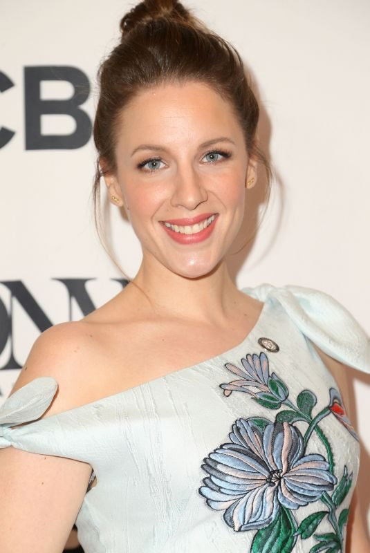 JESSIE MUELLER at Tony Awards Nominees Photocall in New York 05/02/2018