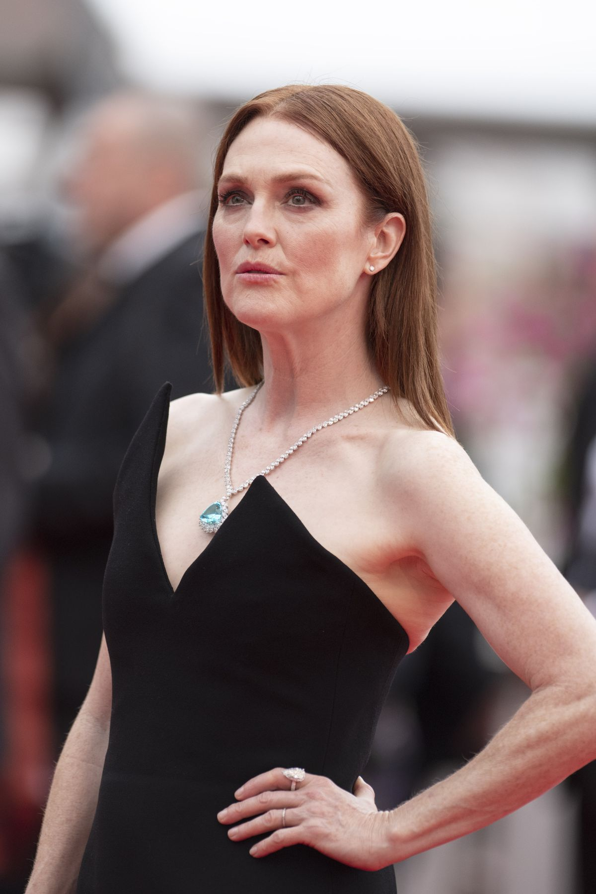 JULIANNE MOORE at Yomeddine Premiere at Cannes Film ...