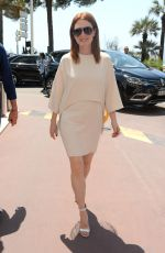JULIANNE MOORE Out and About in Cannes 05/11/2018