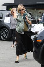 KATE HUDSON and GOLDIE HAWN Out Shopping in Brentwood 05/20/2018