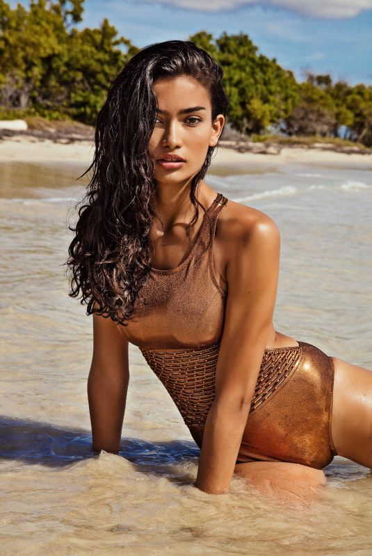 KELLY GALE for Yamamay Swimear, May 2018