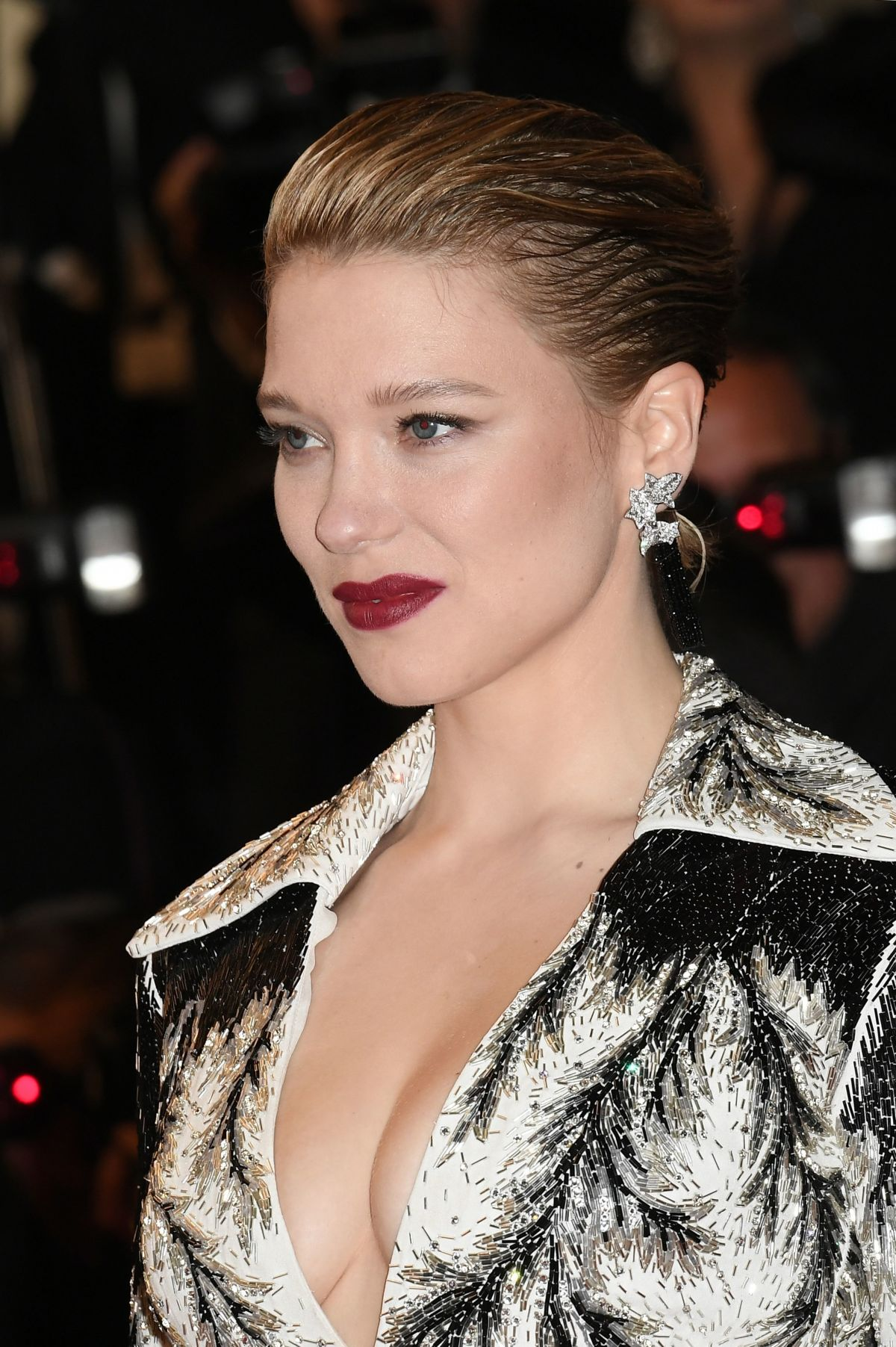 Lea Seydoux In Elle Magazine France February 2014 Issue: LEA SEYDOUX At Cold War Screening At 2018 Cannes Film
