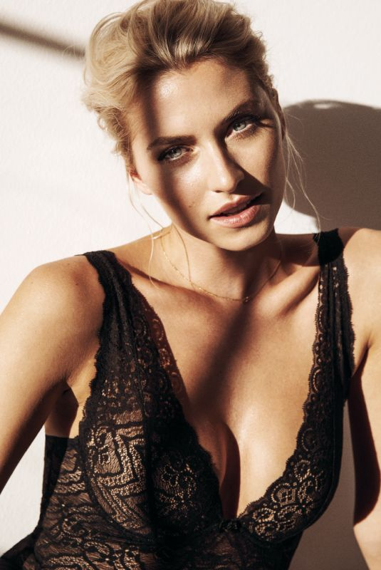 LENA GERCKE for Intimissimi, May 2018