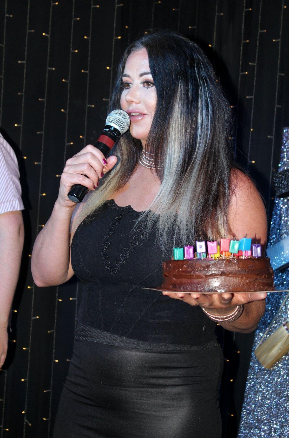 Lisa Appleton Celebrate Her 50th Birthday In Blackpool 05
