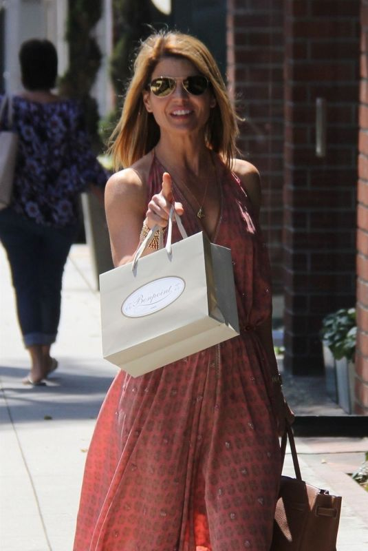 LORI LOUGHLIN Heading to a Nail Salon in Beverly Hills 05/07/2018