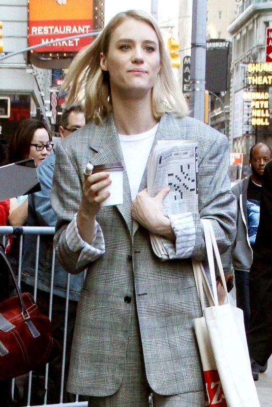 MACKENZIE DAVIS Arrives at Good Morning America in New York 05/03/2018