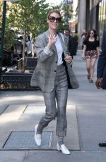 MACKENZIE DAVIS Arrives at Her Hotel in New York 05/03/2018