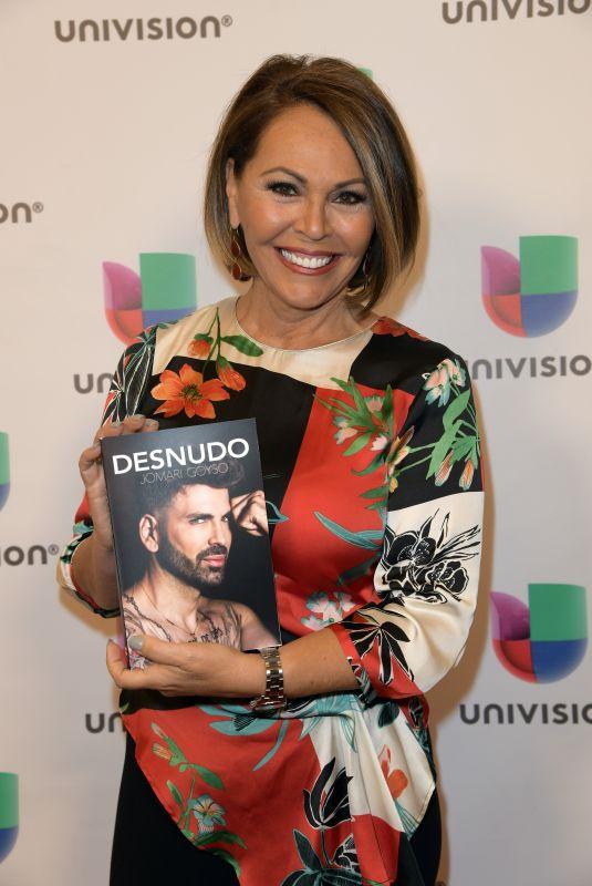 MARIA ELENA SALINAS at Desnudo by Jomari Goyso Book Signing in Miami 05/01/2018