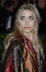 MARY KATE and ASHLEY OLSEN at MET Gala 2018 in New York 05/07/2018